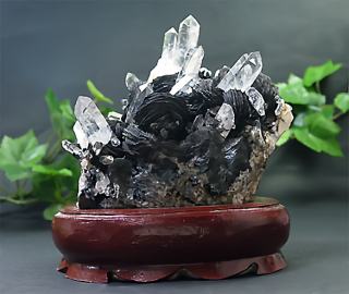 中国産水晶クラスター with ヘマタイト1