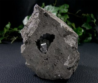 原石(ハーキマーダイヤモンド母岩付き13)