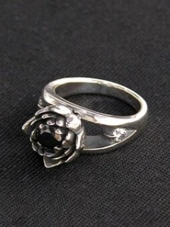 LAKSHMI RING / BLACK CZ