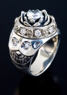 LOTUS RING / CLEAR CZ