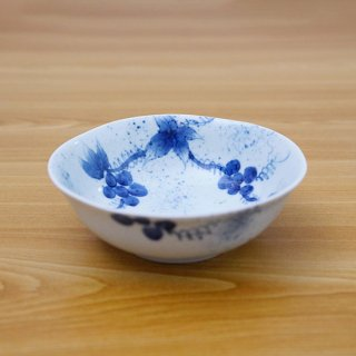 染付和ぶどう四五小鉢