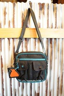 BUMBAG OAKER Utility Shoulder Bag (Black)