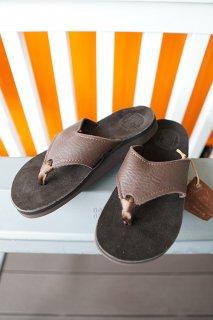 The Sandalman BEACH WAID SANDAL (BROWN)