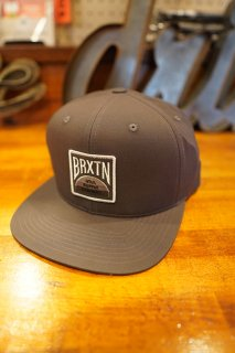 BRIXTON PIVOT X MP SNAPBACK CAP (BLACK)