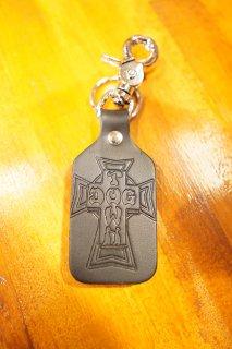 DOGTOWN Vintage Cross Leather Clip-on Keychain (Black)
