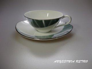 ナルミ 白×緑 レトロカップ&ソーサー