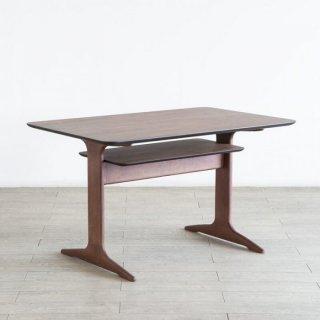 天板の下の棚が嬉しいLDテーブル