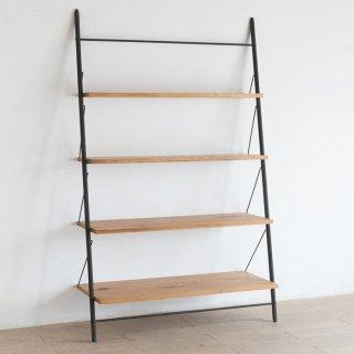 階段のような壁に立てかけるタイプのシェルフ L