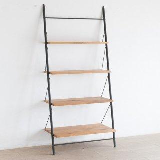 階段のような壁に立てかけるタイプのシェルフ S