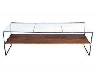 余計なものを無くして必要なものだけにしたシンプルなセンターテーブル
