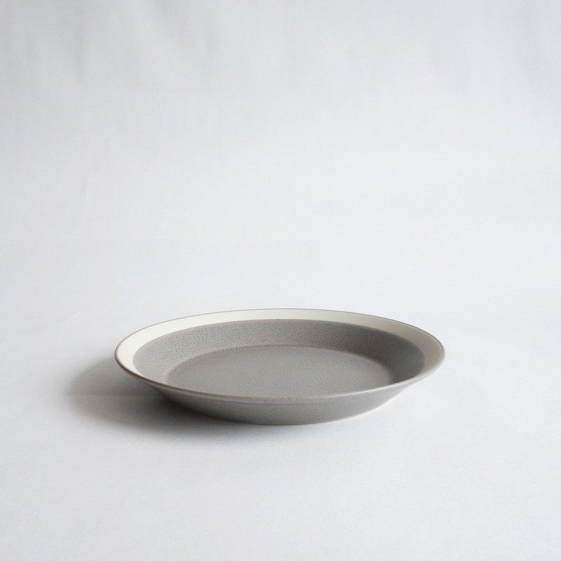 イイホシユミコ dishes 180 plate moss gray/matte