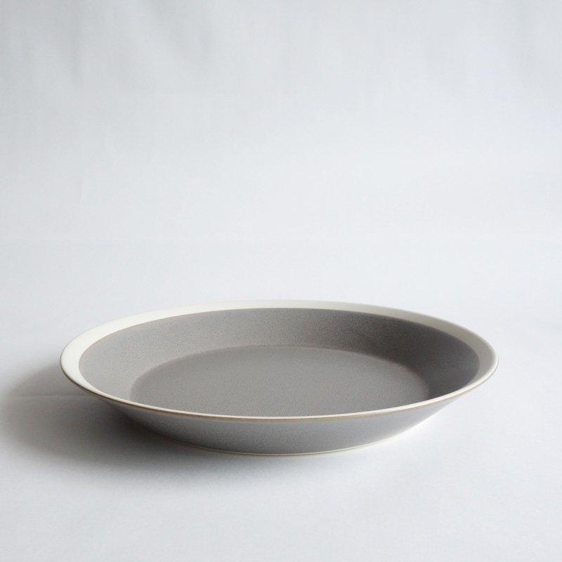 イイホシユミコ dishes 220 plate moss gray/matte
