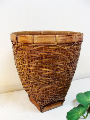 ロンボク島のシンプル バスケット(Mサイズ)