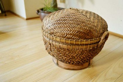 バリ島のラウンドバスケット(Mサイズ)