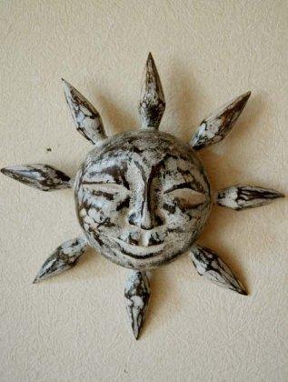 にっこり太陽(ホワイトウォッシュ)