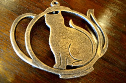 ネコのアイアン製プレート(ポット型 全2色)
