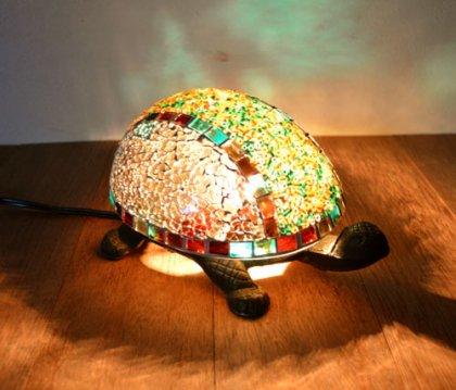 モザイクガラスのカメさんのランプ(アイアン製・全2色)