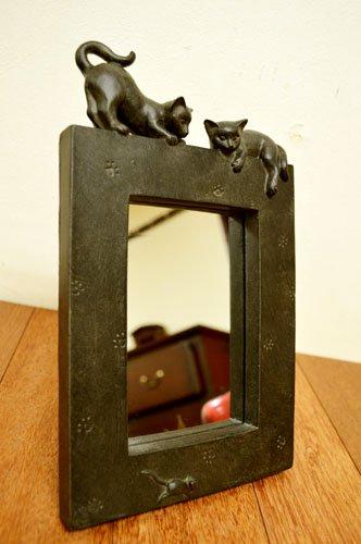 ブロンズ調 2匹のネコちゃんのミラー(置き型)