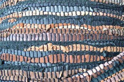 リサイクルレザーのクッションカバー(ブラック)