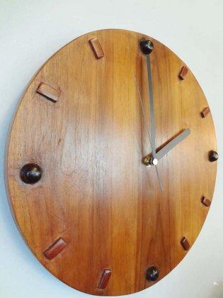 チークの掛け時計(ラウンド)