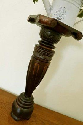 ロンボク彫刻花台M