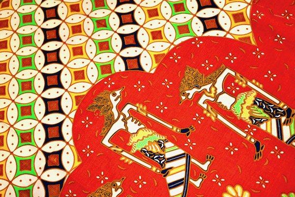 レッドバティッククロス200×110(ラマヤナ)