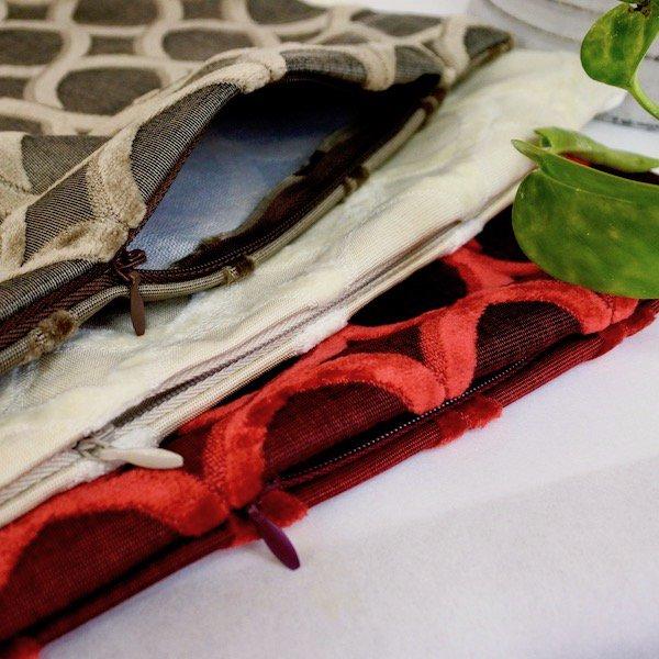 コモドクッションカバーと中綿クッションのセット