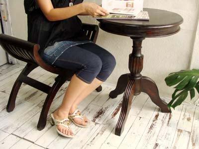 ラテスラウンドテーブルとカルティニチェアCafe SET