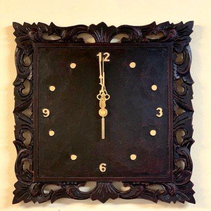 フォリウム彫刻壁掛け時計