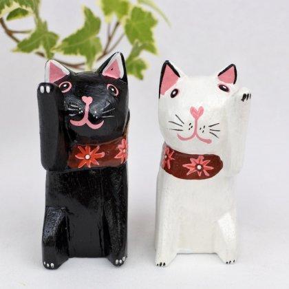 バリの招きネコ(黒・白)