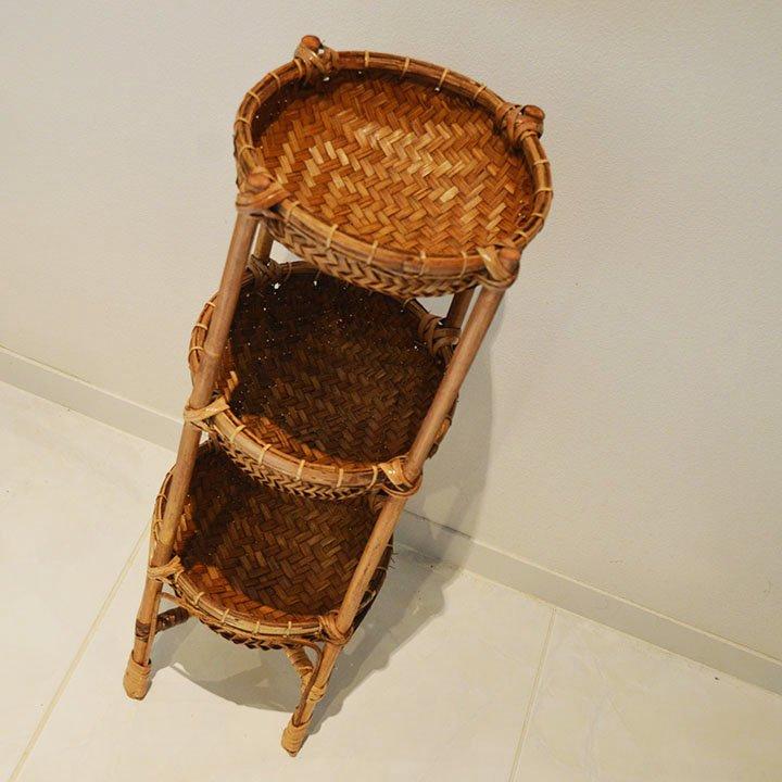 ロンボク島ラタンバスケット棚(丸型3段60�)