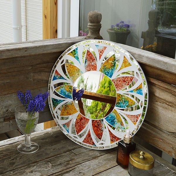 モザイクガラスの壁掛けミラー(ラウンド40�・マルチカラー花柄)