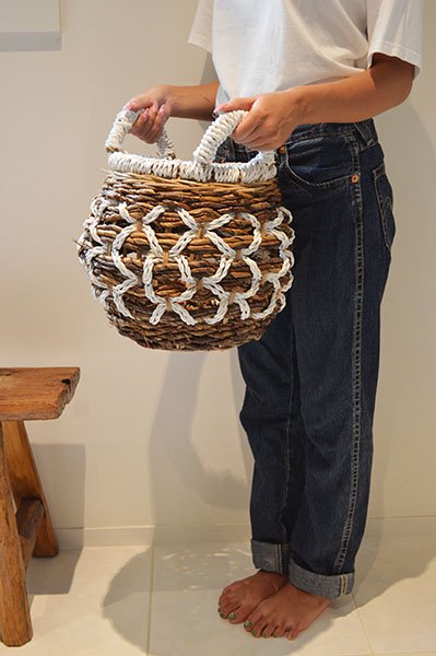 バナナリーフのロトンドバスケットMサイズ(取っ手付き)