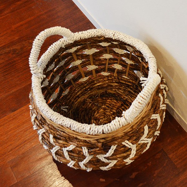 バナナリーフのロトンドバスケットLサイズ(取っ手付き)