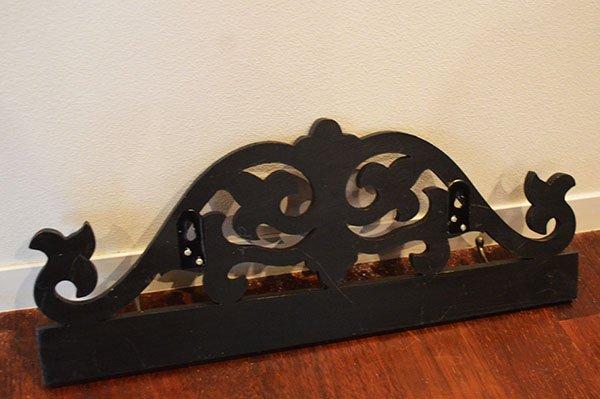 バリ島のレリーフ彫刻ハンガーラックA(50� 3個フック真鍮タイプ)