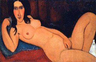 髪をほどいた横たわる裸婦