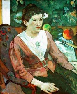 セザンヌの静物画を背にしたマリー・デリアンの肖像