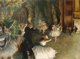 舞台でのバレエのリハーサル