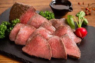特選黒毛和牛ローストビーフ<br>&シャンパンのセット<br>¥15,600→¥9,900(税込)<br>(送料込)