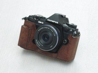 OM-D E-M5 Mark II ボディスーツ