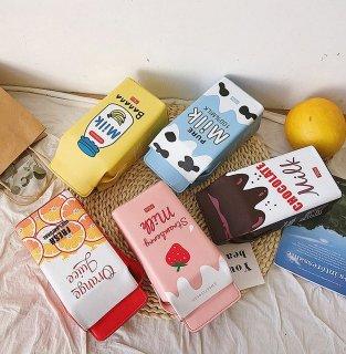 韓国ミルクパック型ショルダーバッグ♪お友達とそろえてインスタ映えに♪