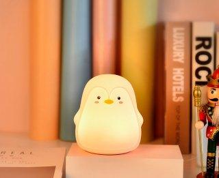 柔らかいペンギンさんの充電式おやすみランプ♪