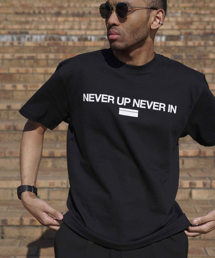 【CITY&TURF】 [NEVER UP NEVER IN] Tシャツ<img class='new_mark_img2' src='https://img.shop-pro.jp/img/new/icons20.gif' style='border:none;display:inline;margin:0px;padding:0px;width:auto;' />