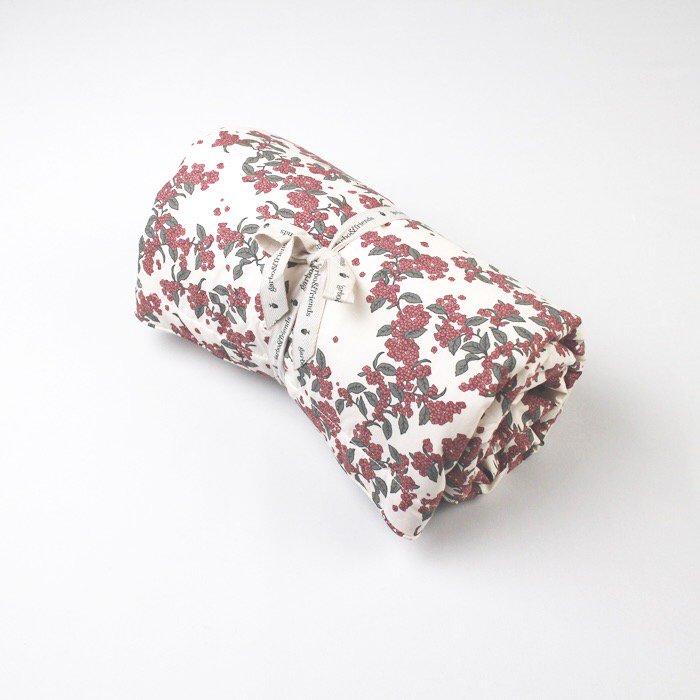 中綿入りブランケット Cherrie Blossom Filled Blanket