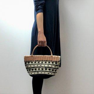 持ち手ラタンの麻紐トートバッグ【マルシェ】シカクとツブツブ/黒×オフ白