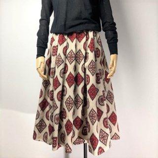 【着物リメイク】タック&ギャザースカート/ベージュ地に赤黒サーモンピンク抽象柄