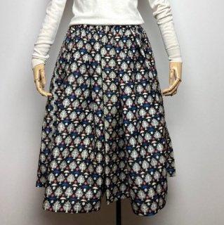 【着物リメイク】タック&ギャザースカート/黒地に白赤青抽象柄