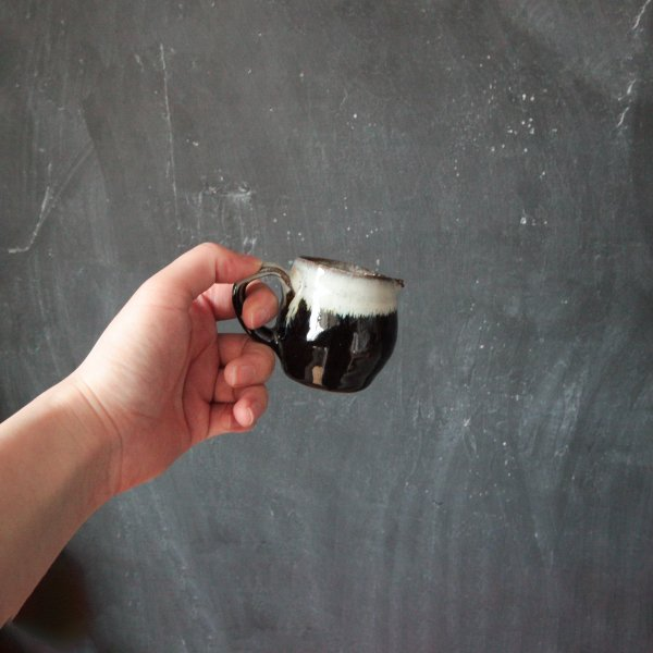源右衛門窯(丹波焼)ミルク入れ・掛分け1