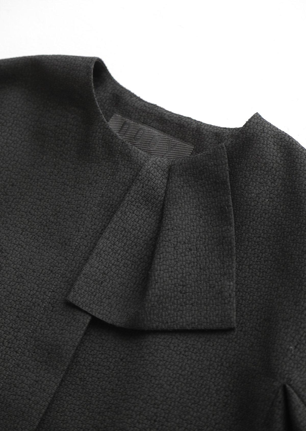 ブラックハンカチーフジャケット
