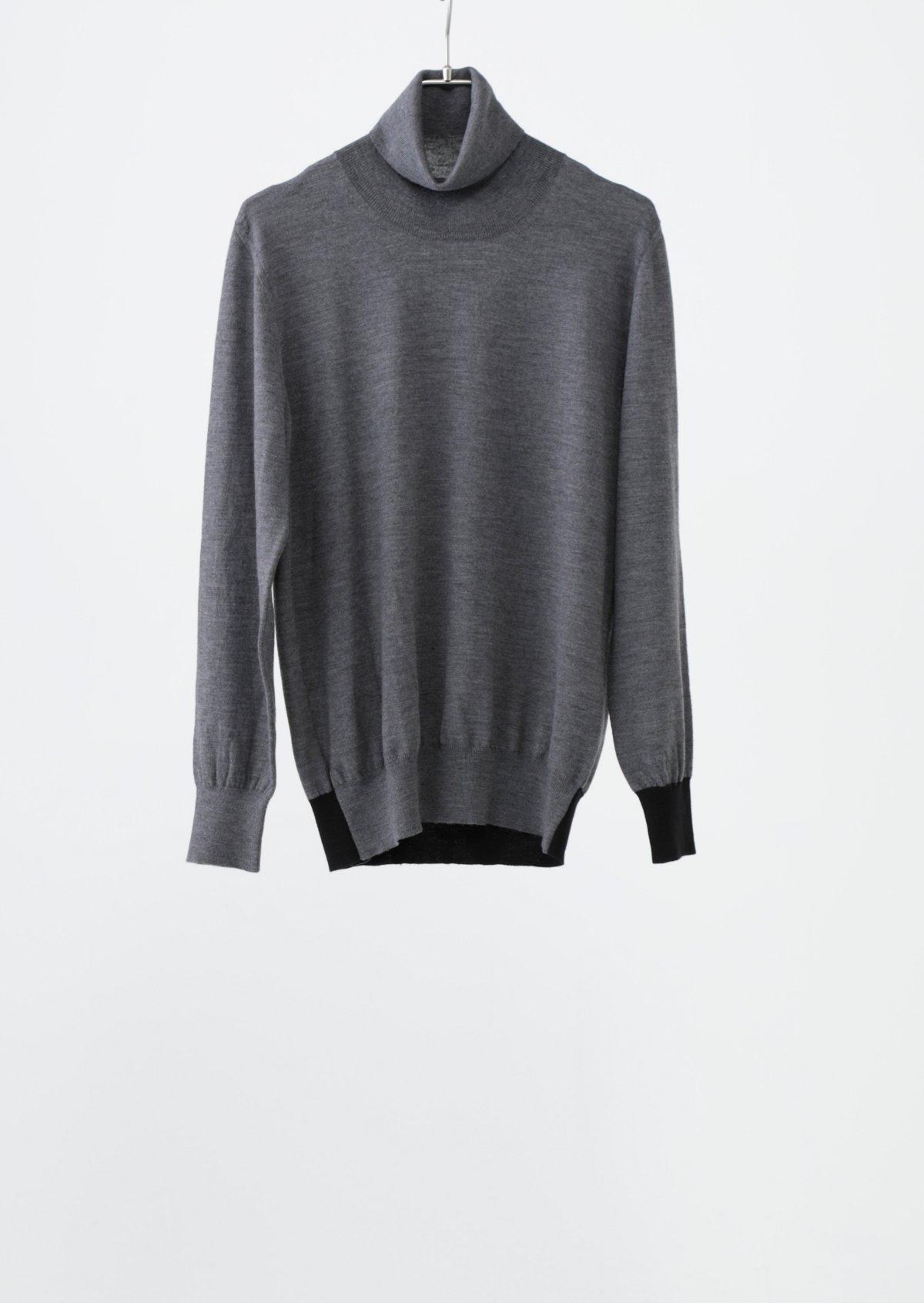 カフスセーター